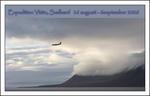 Anländer till Longerbyen med flyg