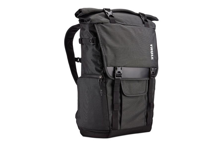 Hel och ren Thule Covert DSLR Rolltop Backpack säljes. Jag har vart mycket  nöjd med den men har nu bantat utrustningslistan rejält så den blir lite  stor för ... 1e0ed96509ee6
