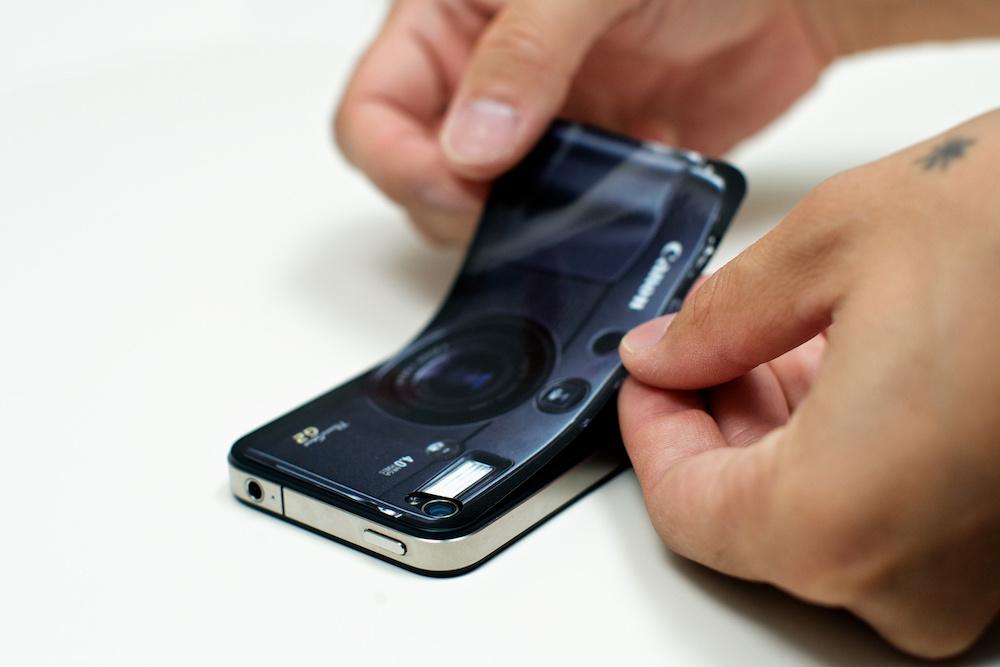 Såhär gör du ett eget iPhone-skal - Fotosidan fe0d4c4549ae8