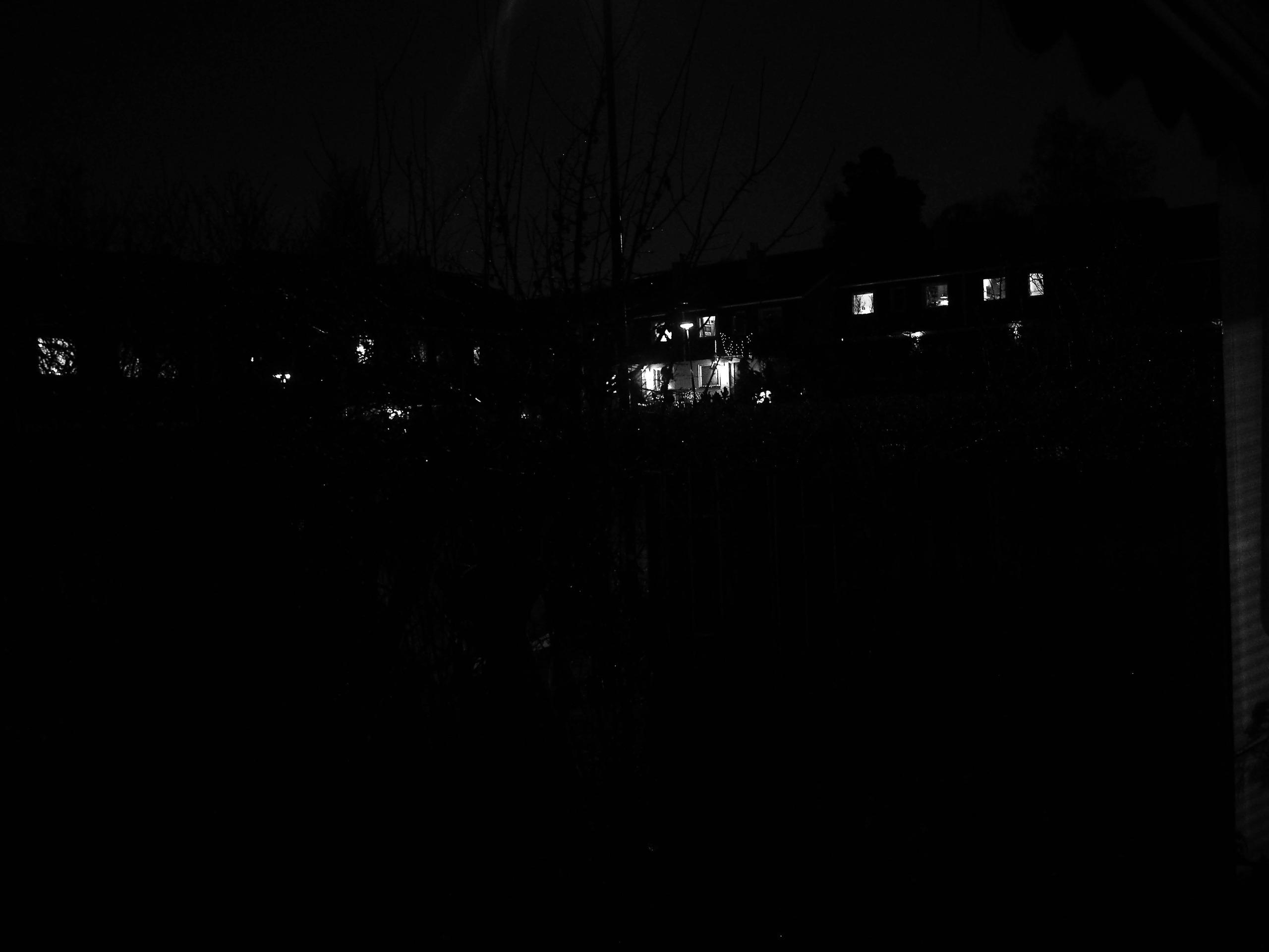 Bildresultat för när det blir mörkt där ute.