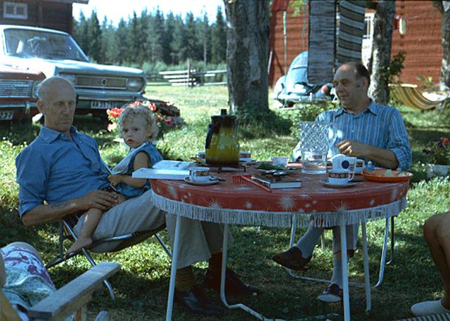 036Heléne, Farfar och Morfar 1973