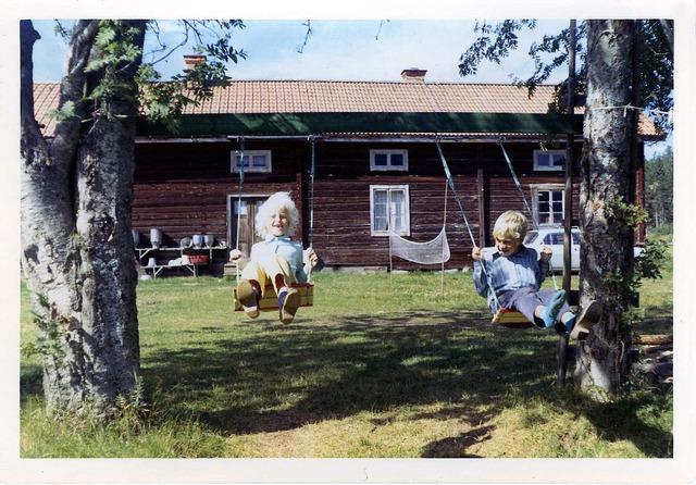 Susanne och Peter på Drabo sommaren 1971 021