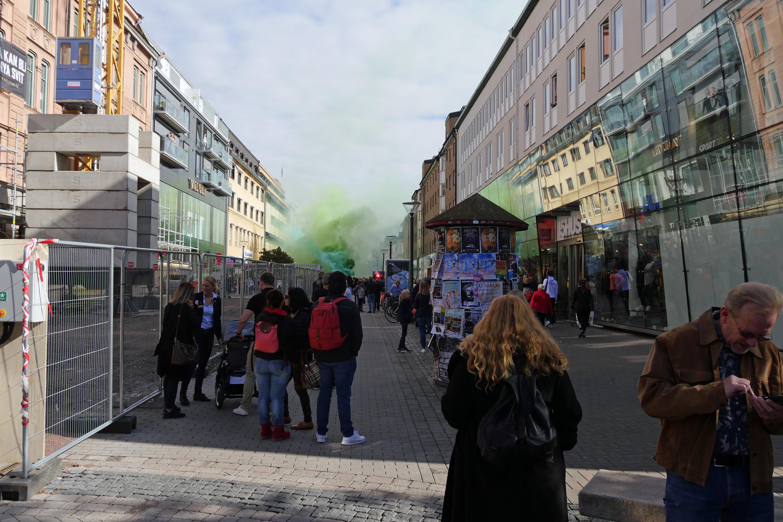 resa fnask brunett i Karlstad
