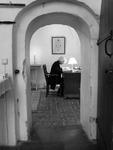 Präst vid skrivbord