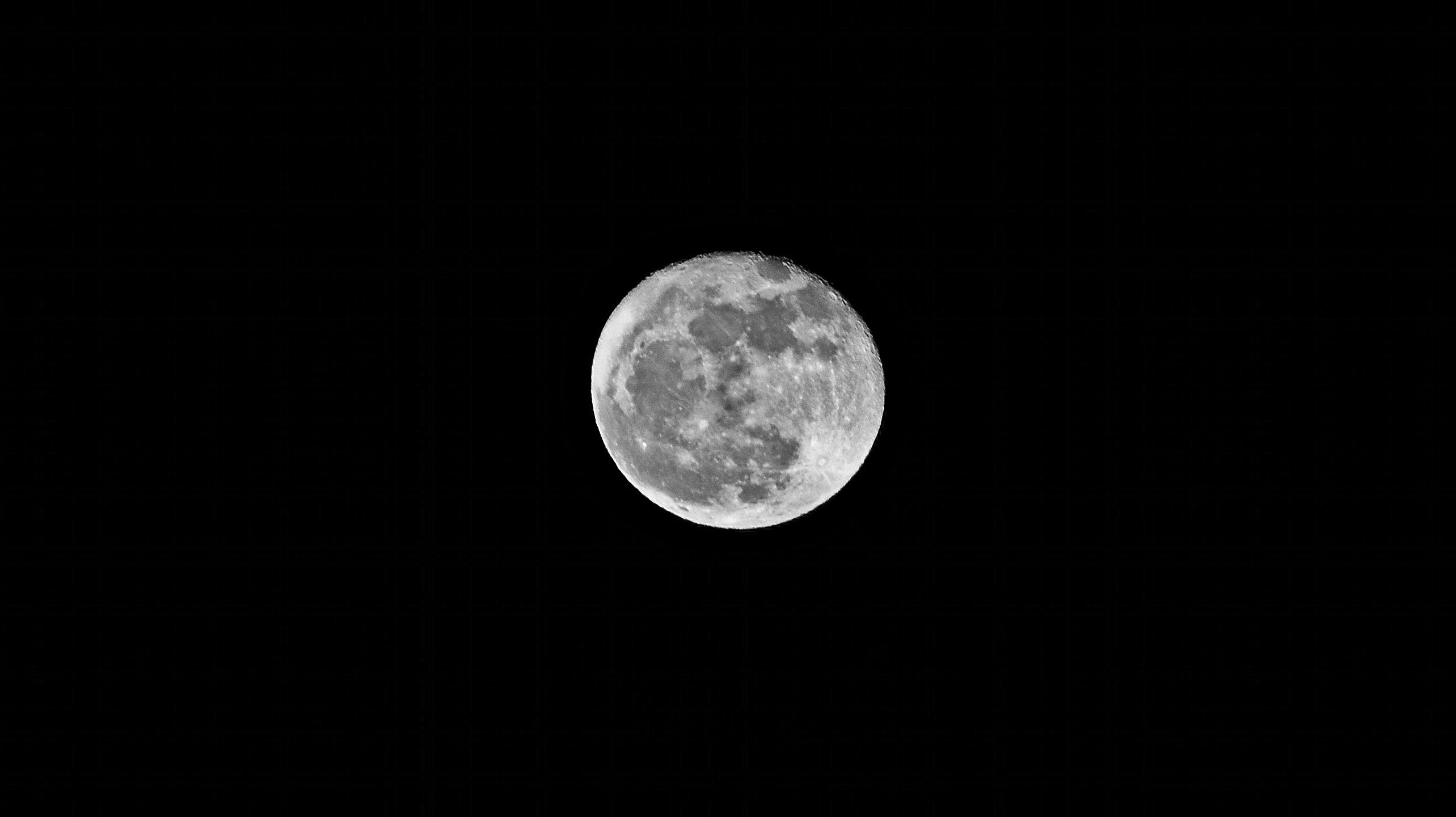 DSC_0123 Månen den 19 februari 2011 kopiera 2