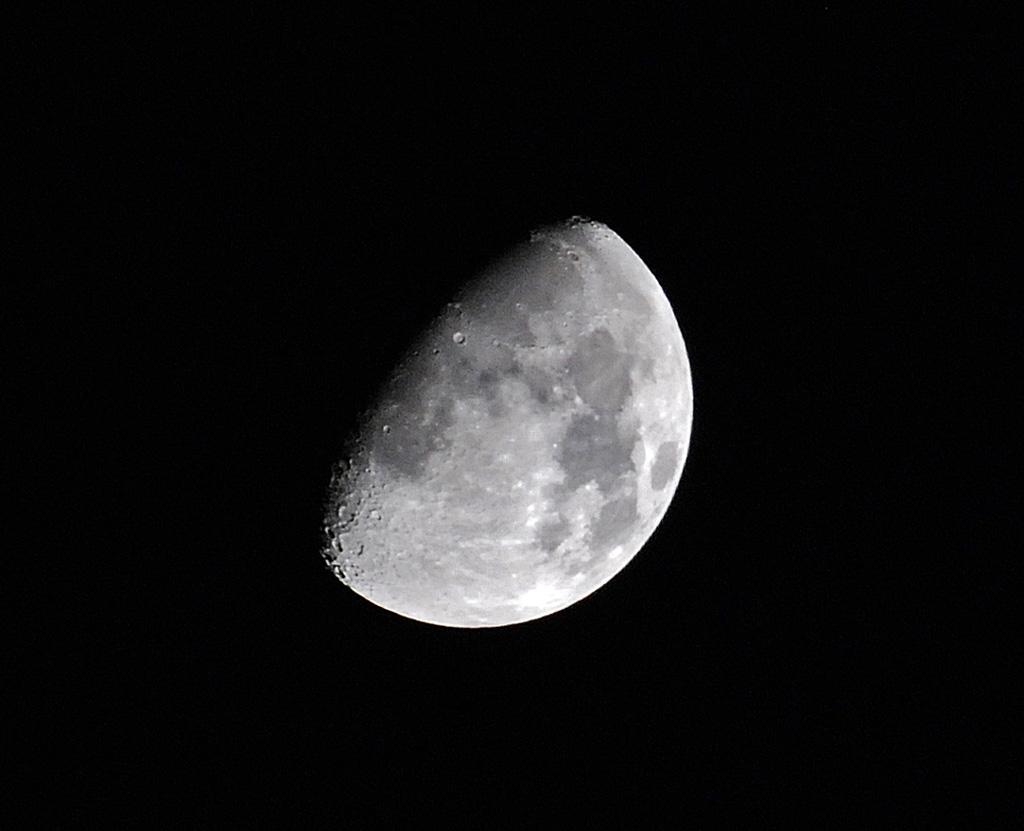 Månen-den-19-nov-2007