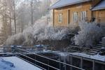 Slussen i Örje i vinterskrud