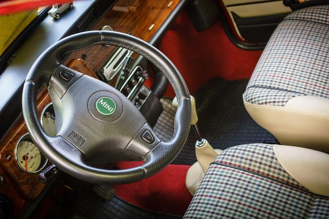 1999 Mini interior