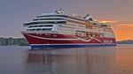 Färjan Viking Grace anländer till Stockholm i gryningen