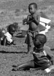 Barn i en by