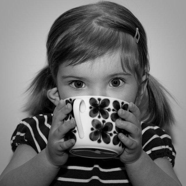 Tilde med teet