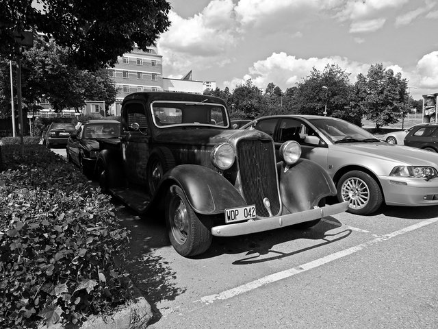Dodge-Picup-1935 Still going strong 2009