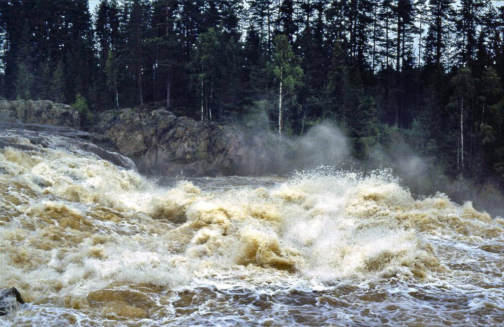Ljusnan-och-Laforsen-i-Hälsingland-1988