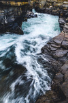 Vatten formar klippor, klipporna formar vattnet