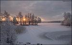 Motsol i vinterlandskap