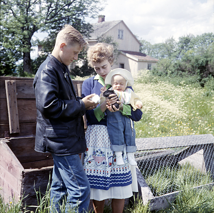 Peter Lisbeth och Lasse i Dalsland 1962