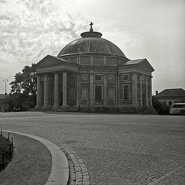 Trefaldighetskyrkan-i-Karlskrona 1953
