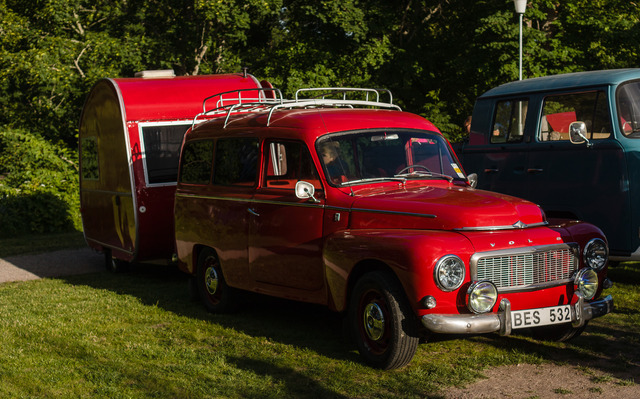 Volvo Duett with Caravan