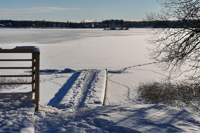 Snö och is pLindesjön 2016