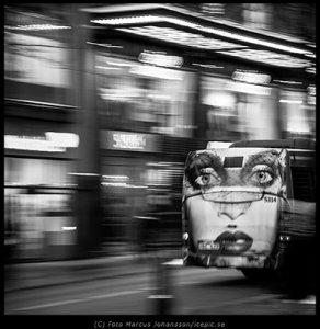 3500-Bussface-100k.jpg