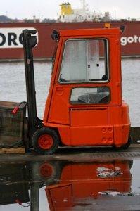 orange truck_resize.jpg
