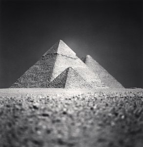 Michael-Kenna-Giza-Pyramids-Study-5-Cairo-Egypt.-2009.jpg